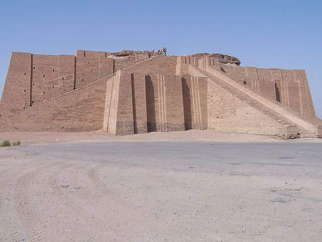 La ziggourat de la cité d'Ur