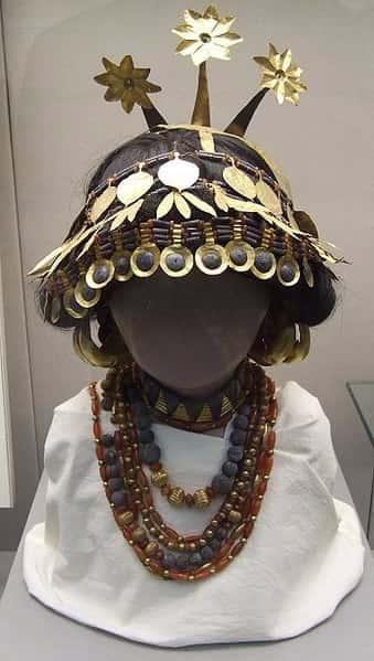 Comment étaient habillés les sumériens ?
