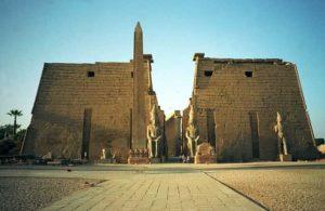Entrée du temple de Louxor