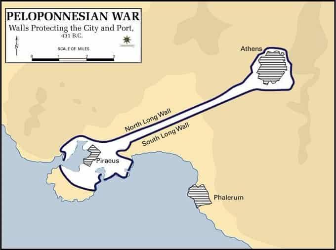 Les murs qui protègent Athènes